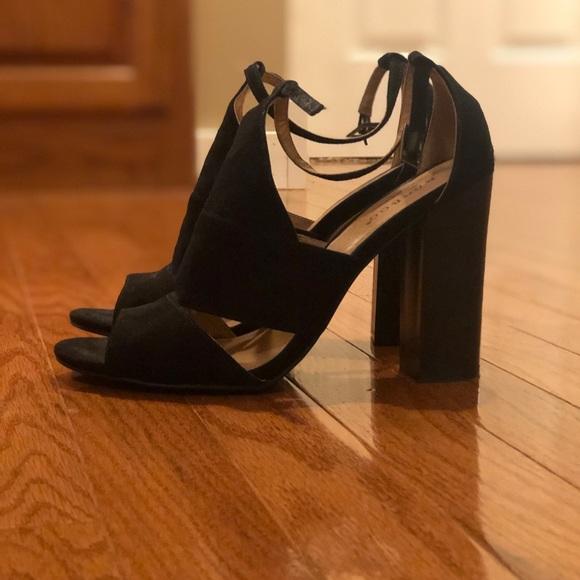 BAMBOO Shoes - Black heels